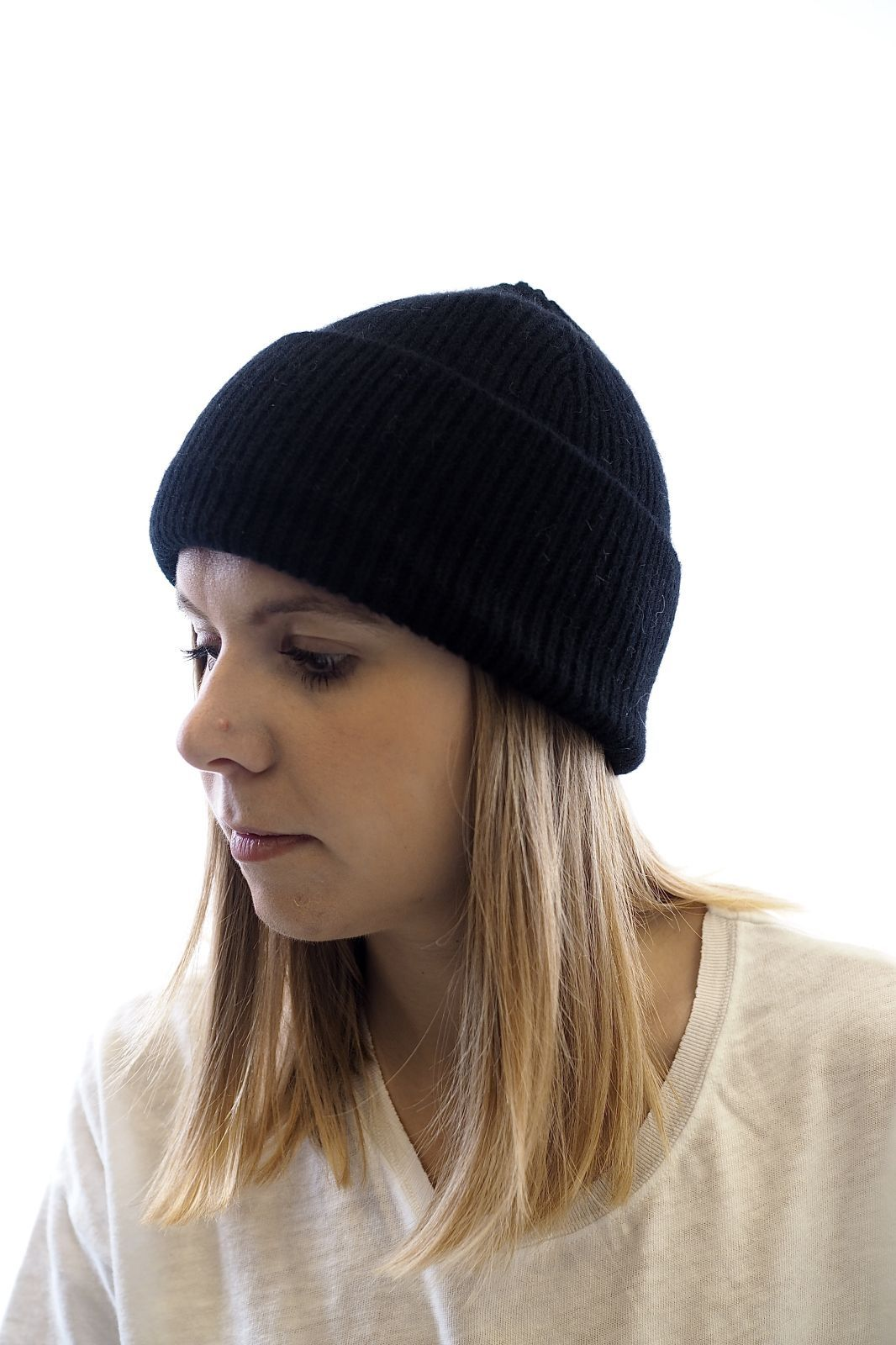 Le Bonnet Amsterdam bonnet Noir unisex (Bonnet A'DAM-Beanie uni - 7435 Beanie uni black) - Marine | Much more than shoes
